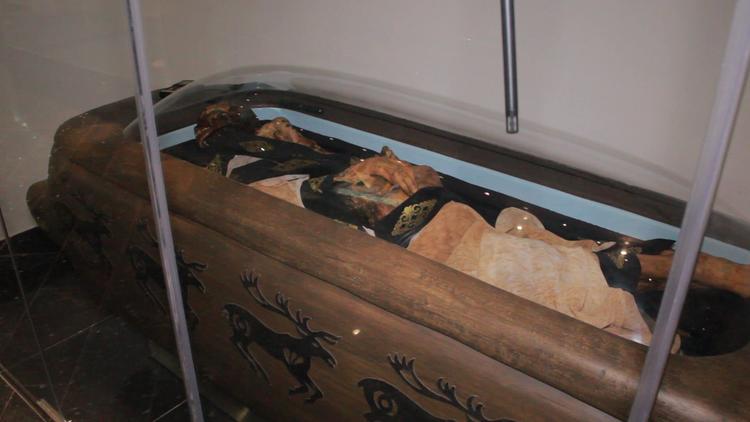 La 'princesa de Ukok': Presentan una momia tatuada de 2.500 años