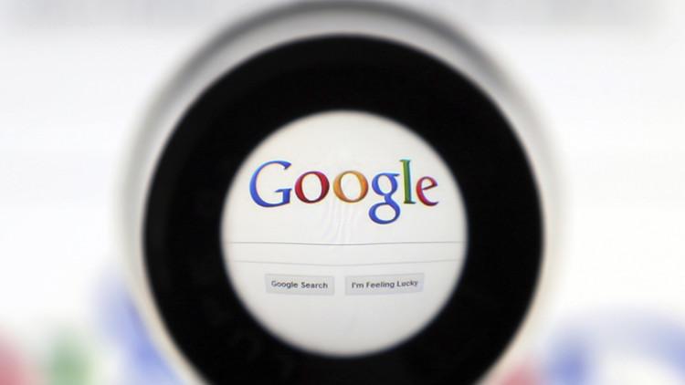 Estereotipos racistas de la búsqueda de Google indignan a internautas (video)