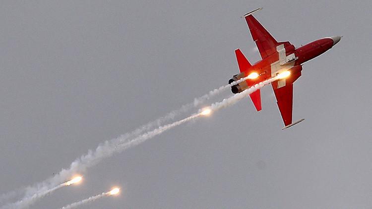 Un avión de combate suizo se estrella cerca de una base aérea de los Países Bajos (video)