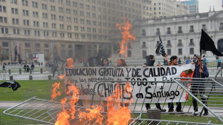 Los estudiantes chilenos retoman las calles y exigen respuestas (video, fotos)