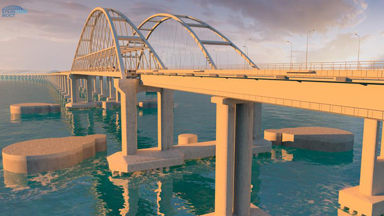 De costa a costa en 360°: una increíble vista del puente que unirá Crimea y el resto de Rusia
