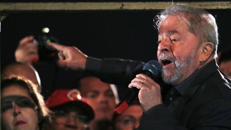 Luiz Inácio Lula da Silva en la Avenida Paulista de San Pablo / 10 de junio de 2016