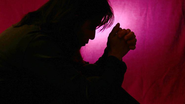 EE.UU.: Una mujer violada por un guardia de prisión recibe un taco en lugar de ayuda médica