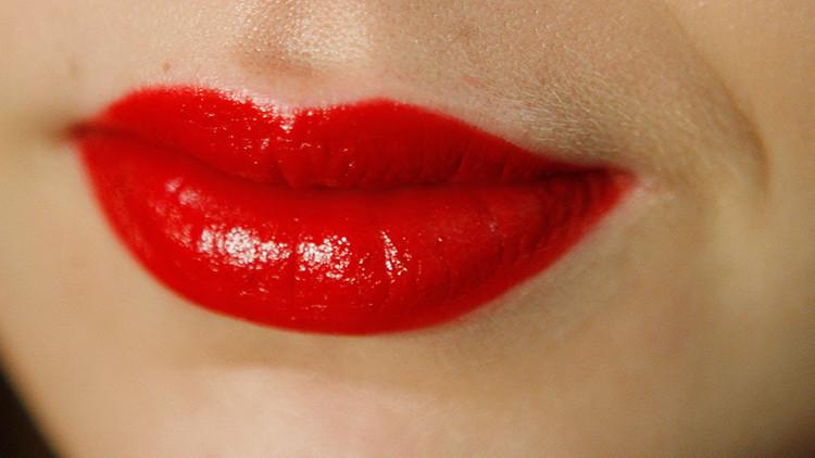 Una joven alérgica muere de un 'beso fatal' de su novio