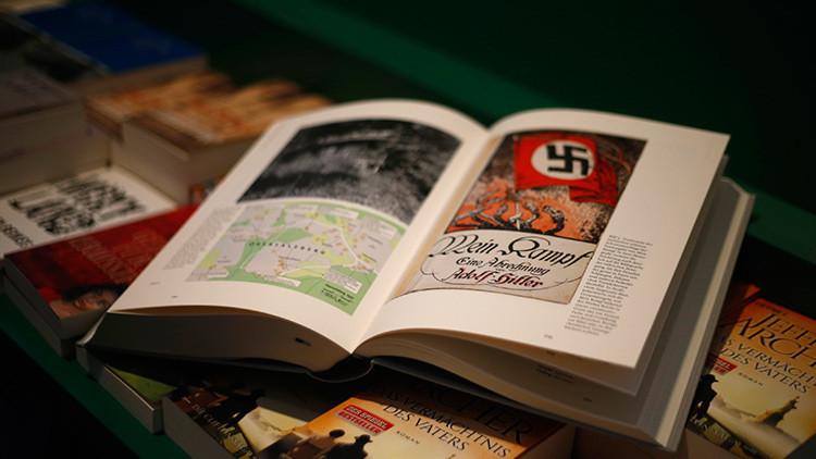 """Un diario italiano regala el 'Mein Kampf' """"para entender cómo nació el mal"""""""