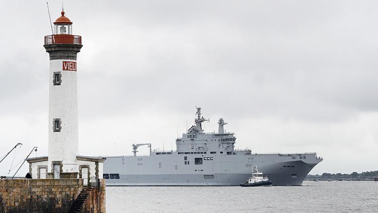 Zarpa hacia Egipto el primer buque de clase Mistral construido para Rusia