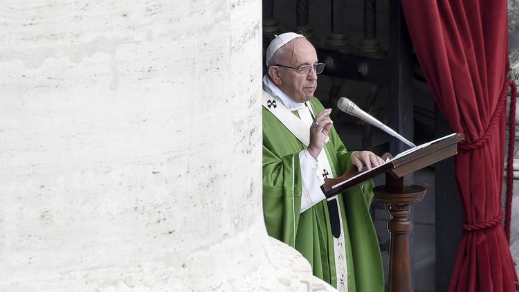 """El papa Francisco advierte sobre una sociedad """"en la que lo imperfecto debe ser ocultado"""""""