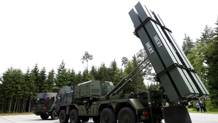 """Los países bálticos y Polonia estudian crear un escudo antiaéreo para """"protegerse de Rusia"""""""