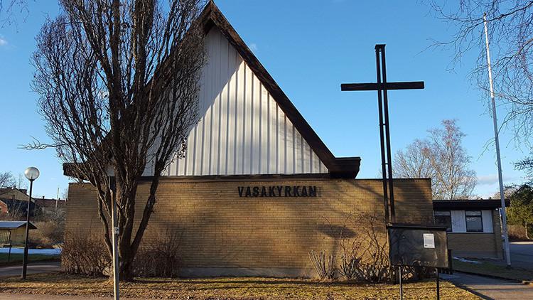 Una iglesia de Suecia convierte a los refugiados musulmanes
