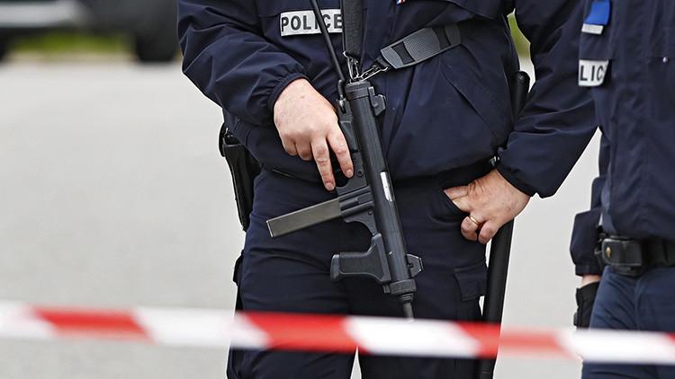 """El asesino del agente policial en Francia tenía una """"lista de objetivos"""" de figuras públicas"""