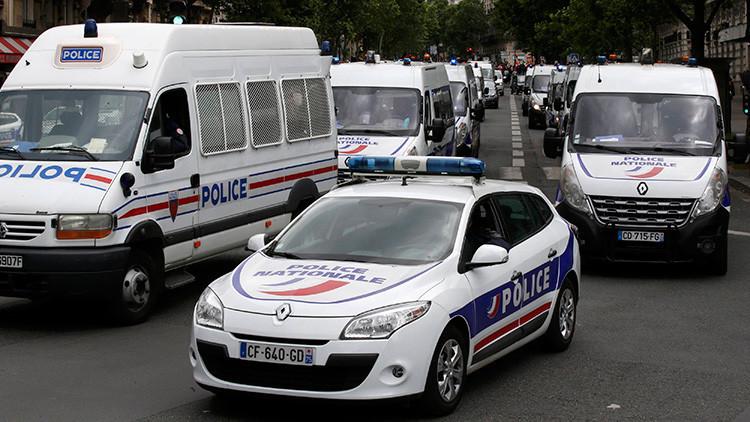 Eurocopa: Detienen en Francia 24 horas a un grupo de aficionados al fútbol rusos, mujeres incluidas