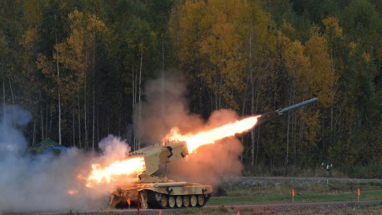 Video: Un mortífero 'carrusel' ruso con las armas más temibles del mundo