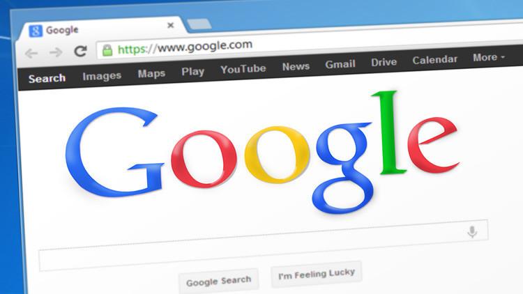 """""""Por favor, Google"""": La búsqueda de una anciana de 85 años conquista las redes sociales"""