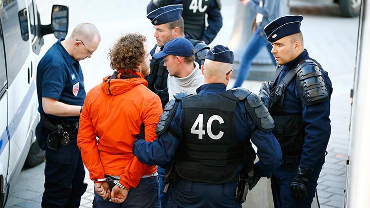 Eurocopa: Condenan a penas de hasta dos años de cárcel a tres hinchas rusos detenidos en Francia