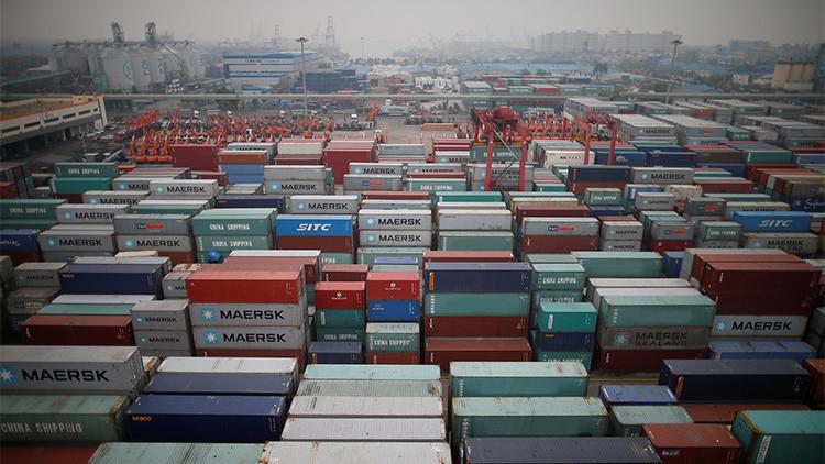 """""""Mientras la UE sufre por las sanciones, EE.UU. aumenta su cuota en el comercio con Rusia"""""""