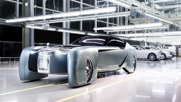 Lujo futurista a todo motor: Así es el nuevo coche sin volante de Rolls-Royce