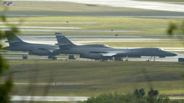 """Pionyang apunta hacia una base aérea de EE.UU.: """"Nuestro camino para la paz es un golpe implacable"""""""