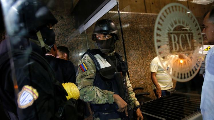 Abatido un hombre armado que irrumpió en la sede del Banco Central de Venezuela