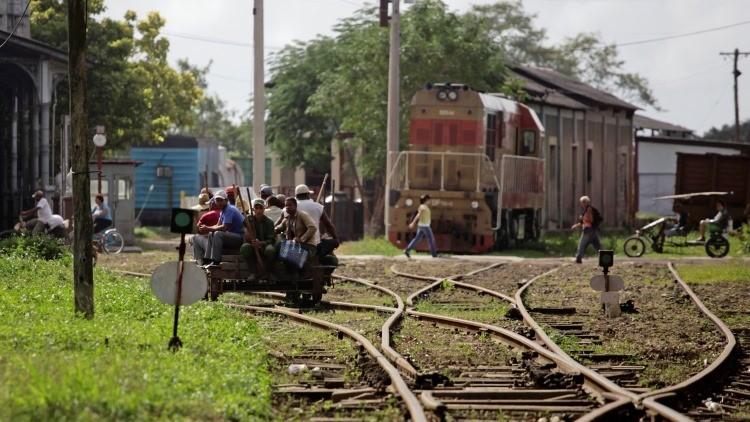 Rusia amplía sus inversiones en Cuba y se centra en el sector del transporte