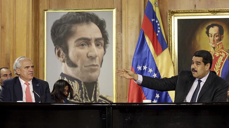 """""""No hemos perdido el tiempo"""": Gobierno y oposición dialogan en Venezuela"""