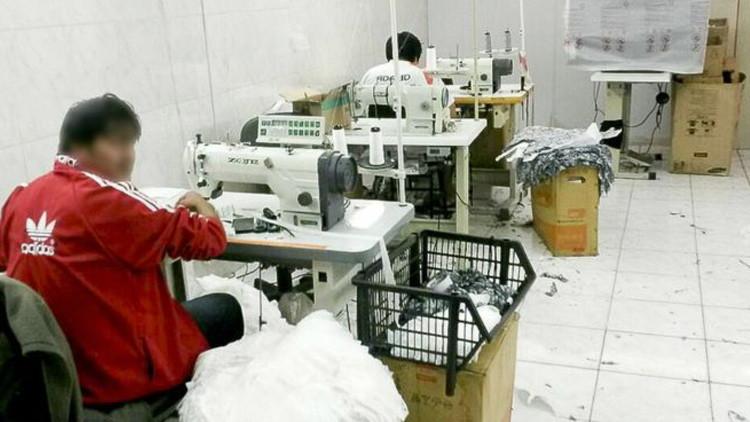 La espeluznante historia de los esclavos bolivianos que hacían ropa de lujo en Brasil