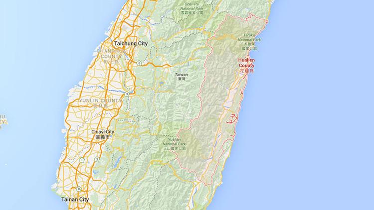 Descarrila un tren de pasajeros en Taiwán (fotos)