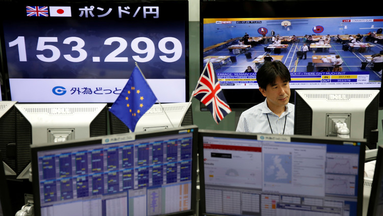 La Bolsa de Tokio cae un 8% tras los resultados del referéndum británico