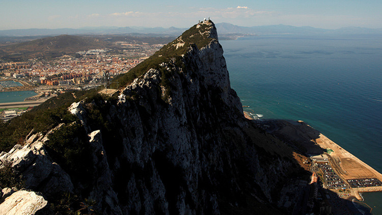 Reino Unido rechaza compartir la soberanía de Gibraltar con España