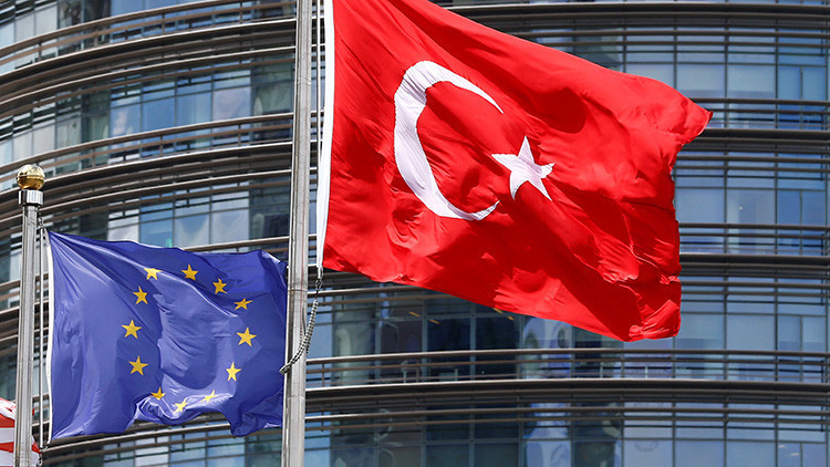 """Presidente turco: """"La UE se enfrentará  inevitablemente a la salida de otros países"""""""