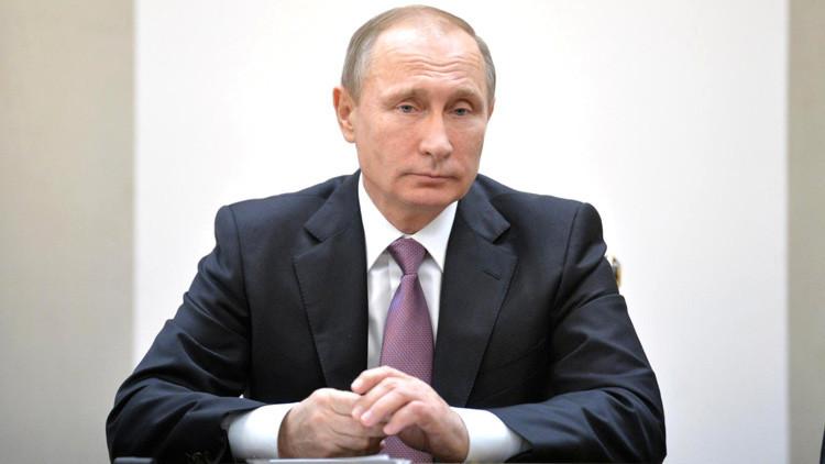 """Putin: """"Rusia y China van a ampliar las transacciones en monedas nacionales"""""""