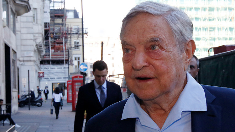 El magnate George Soros llega a The Open Russian Club en Londres (Reino Unido) el 20 de junio de 2016.