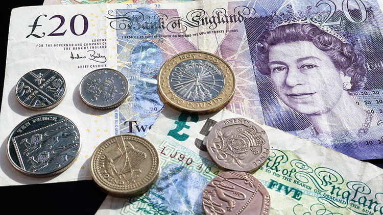 La libra esterlina marca su mínimo en 31 años frente al dólar estadounidense
