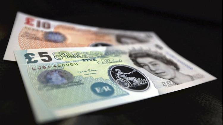 Rebajan la calificación crediticia en moneda extranjera y local del Reino Unido tras el 'Brexit'