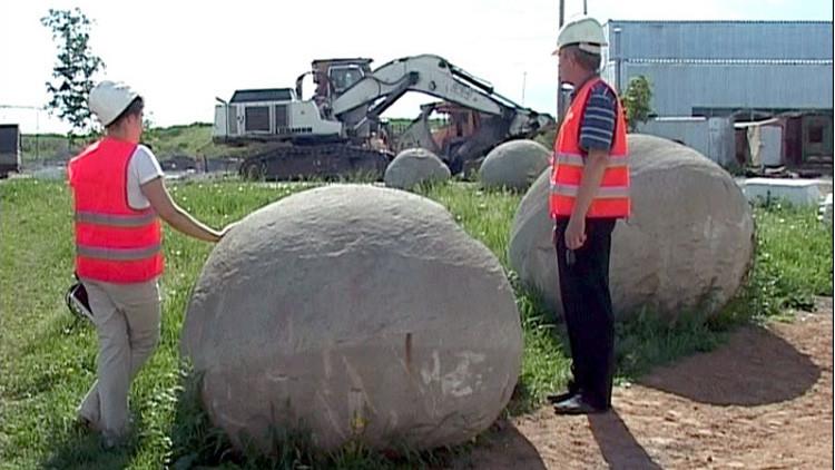 'Perlas del Jurásico': Descubren en Siberia sorprendentes piedras que cambian de color