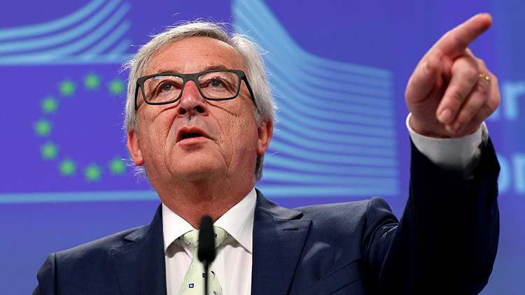"""""""¿Por qué siguen aquí?"""": el presidente de la Comisión Europea ataca a los parlamentarios británicos"""