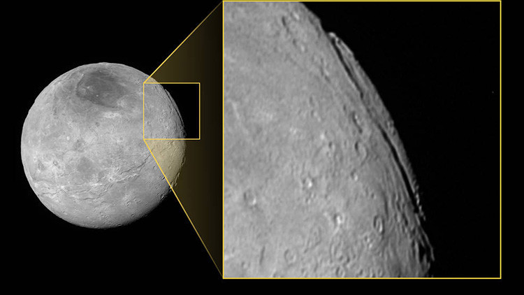 Decubren un supercañón en una luna de Plutón: ¿la mayor 'grieta' del sistema solar?
