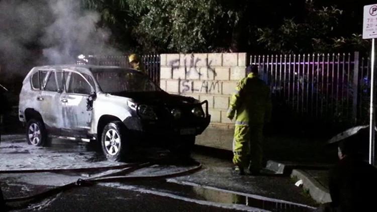 Australia: Un coche bomba ha sido detonado cerca de una mezquita en la que había cientos de personas
