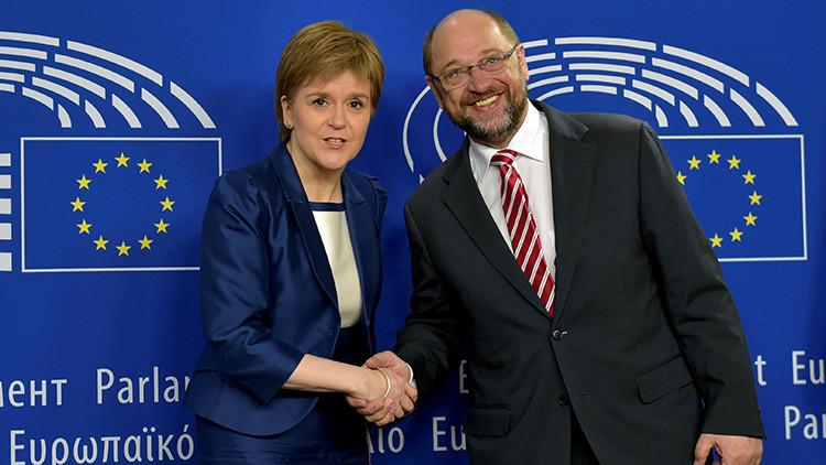 La primera ministra de Escocia, Nicola Sturgeon, y el presidente del Parlamento Europeo, Martin Schulz