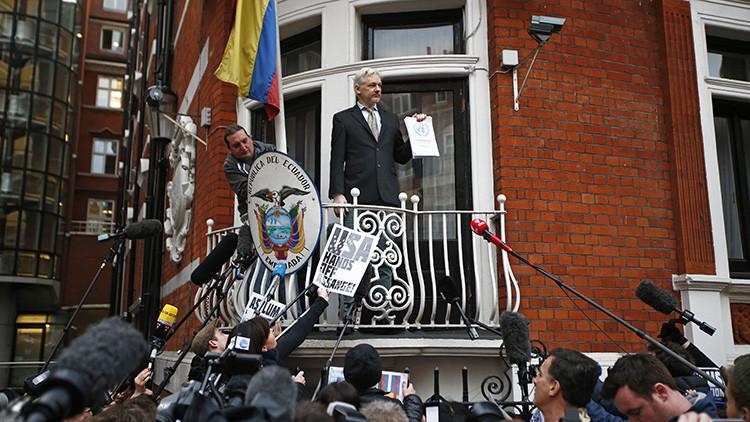 Ecuador: Reino Unido mantiene una posición de doble rasero sobre Assange