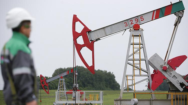 Rusia supera a Arabia Saudita como primer proveedor de petróleo de China