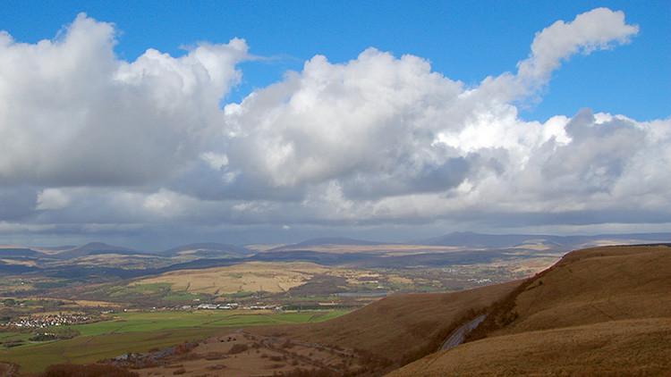 Al menos 20 niños han desaparecido en las montañas de Gales