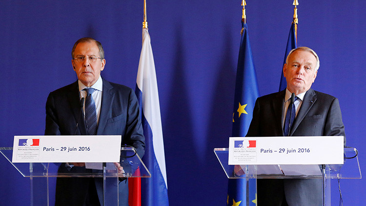 """Francia quiere eliminar las sanciones contra Rusia """"tan pronto como sea posible"""""""