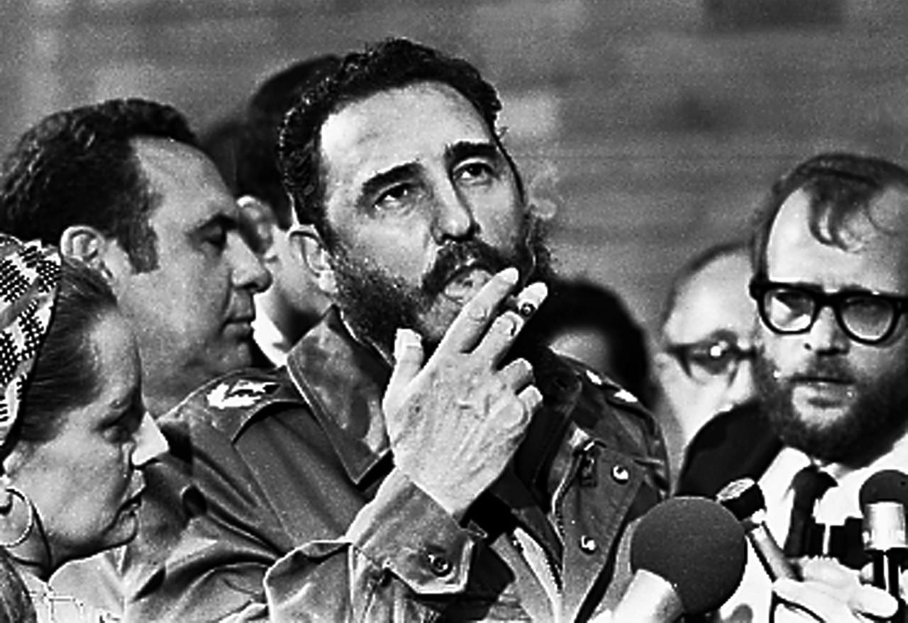 Fidel Castro, 1975
