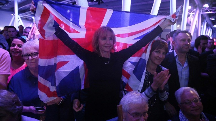 Partidarios del Brexit en una marcha por la salida del Reino Unido de la UE / 4 de junio de 2016