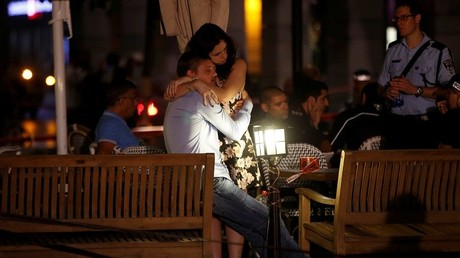 Dos testigos del tiroteo en el mercado Sarona de Tel Aviv