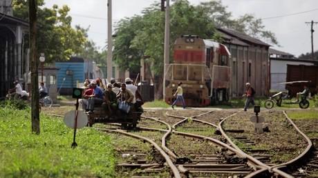 Las vías férreas de Cuba urgen una reforma