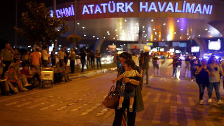 El aeropuerto internacional Ataturk después del ataque