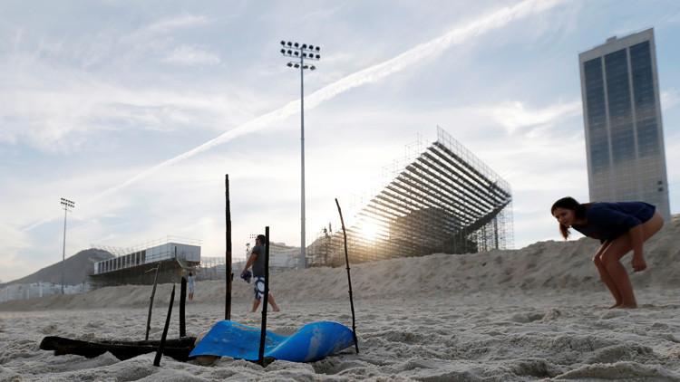 Macabro hallazgo a metros de la cancha olímpica de vóley playa en Río de Janeiro