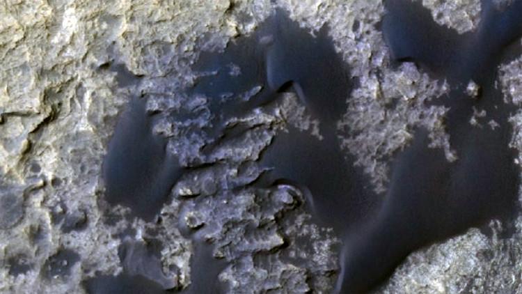 Científicos captan en la arena de Marte un fenómeno nunca antes visto