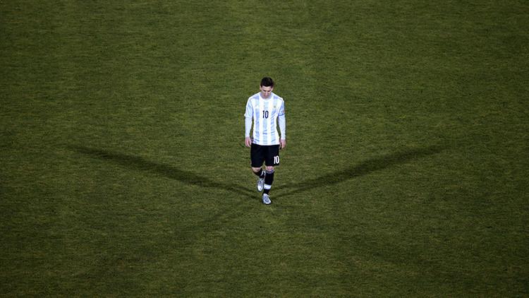 ¡Que no la vea! Presentan la estatua de Messi más fea del mundo